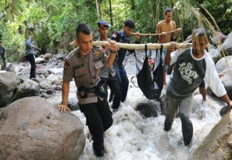 Longsor dan Banjir Bandang di Sibolangit-Deliserdang, 16 Tewas